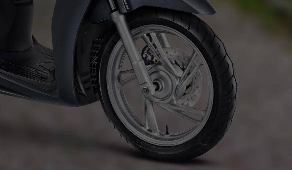 caracteristicas_SH150i_seguranca-rodas16